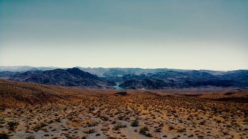 Безкоштовне стокове фото на тему «вода, гори, ґрунт»