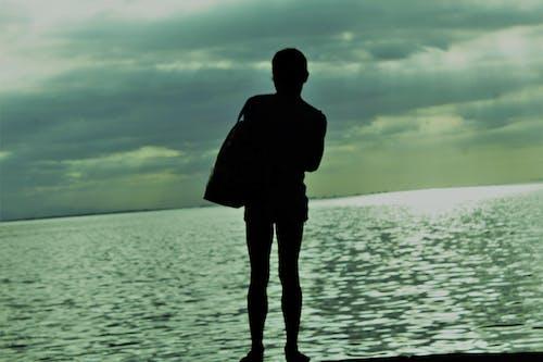 Бесплатное стоковое фото с бездомный, гей, манила, море