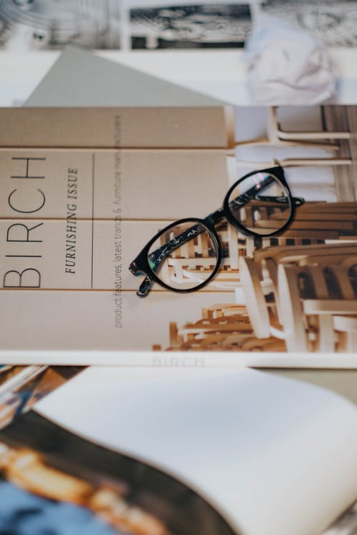 Безкоштовне стокове фото на тему «вертикальні постріл, документ, книги»