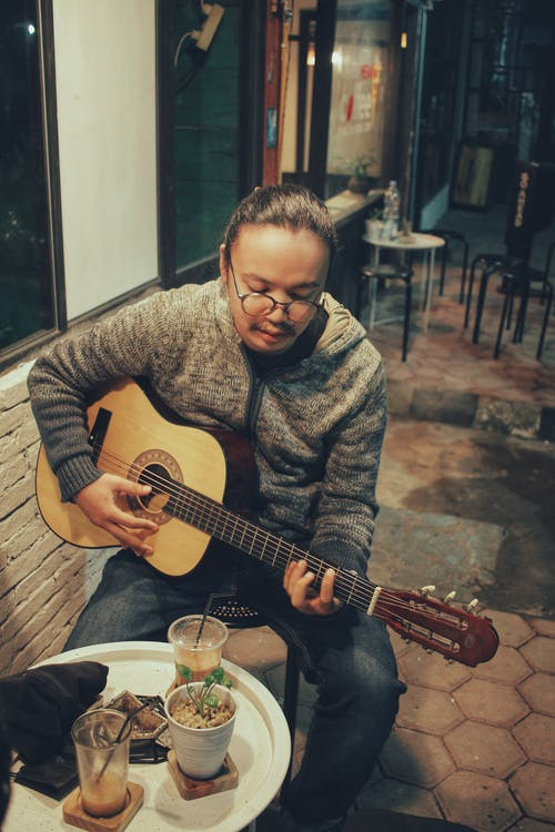 Gratis stockfoto met concert, gitaar, gitarist