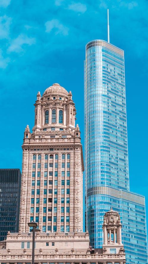 Foto profissional grátis de alto, ao ar livre, arquitetura