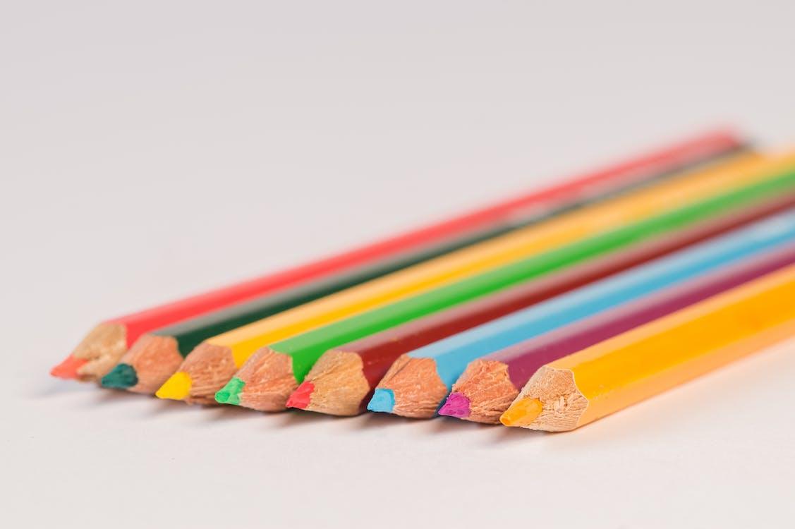 คม, ดินสอ, ดินสอสี
