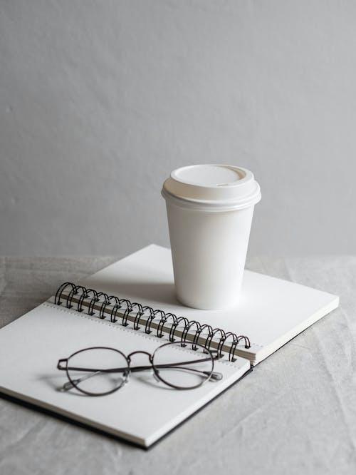 Бесплатное стоковое фото с белый, бизнес, блокнот