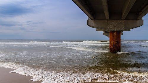 Gratis stockfoto met golven, miedzyzdroje, molo, plein