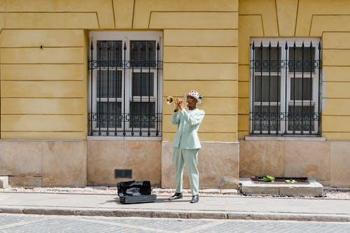 คลังภาพถ่ายฟรี ของ busker, กลางวัน, กลางแจ้ง