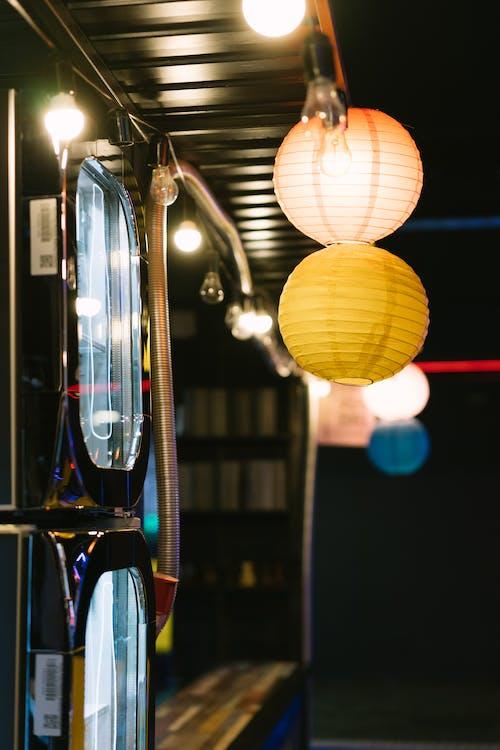 Ingyenes stockfotó fények, függő, Lámpák témában