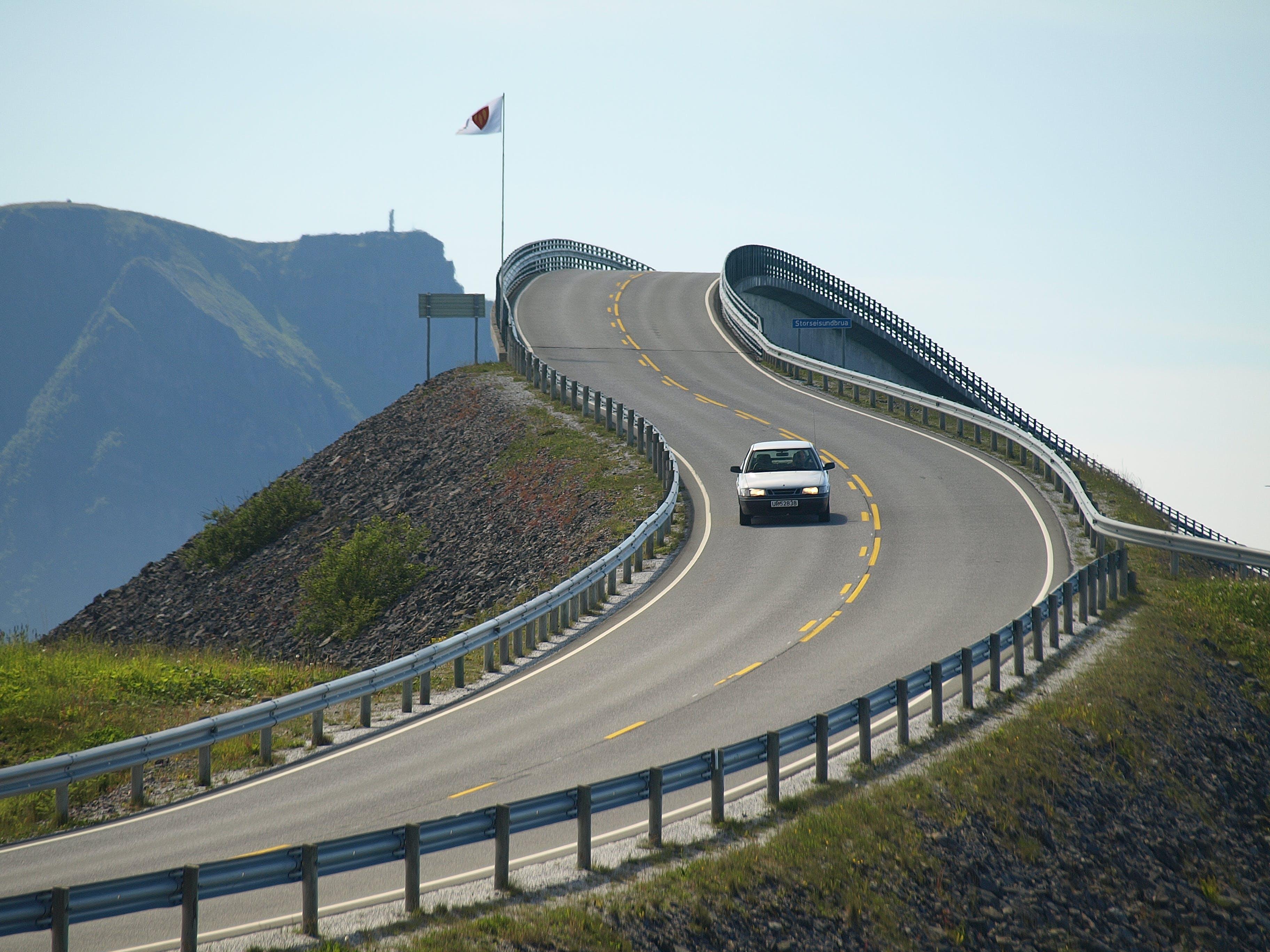 Ilmainen kuvapankkikuva tunnisteilla ajoneuvo, asfaltti, auto, Norja