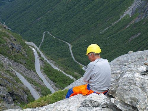 Foto profissional grátis de estrada, montanha, Noruega, serpentina