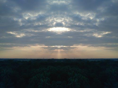 Mavi gökyüzü içeren Ücretsiz stok fotoğraf