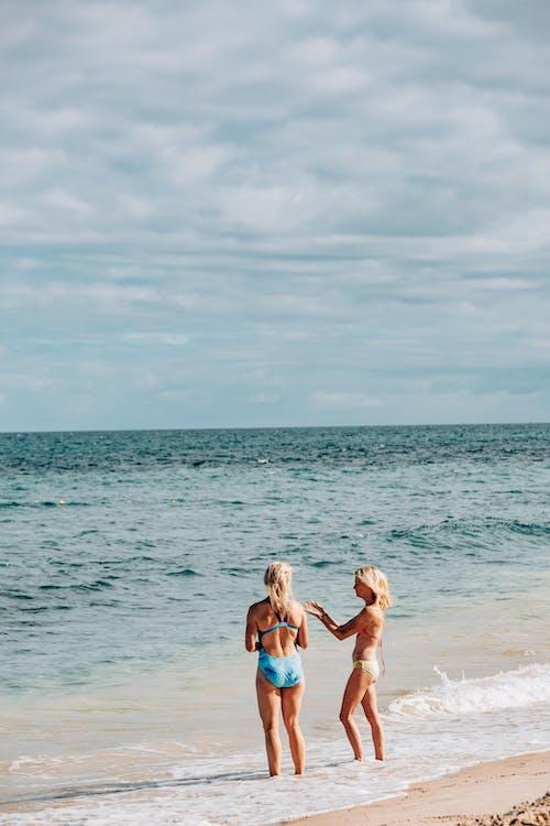 Foto stok gratis alam, bikini, di luar rumah