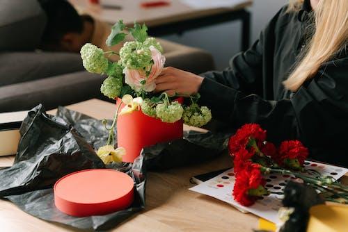 Photos gratuites de bouquet, femme, fleuriste