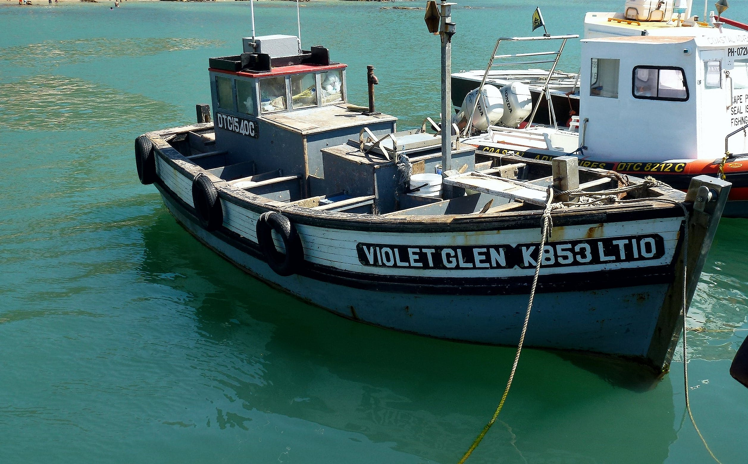 Free stock photo of fishing boat, harbour, weather beaten