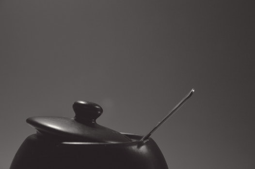 Black Cooking Pot With Stainless Steel Spoon