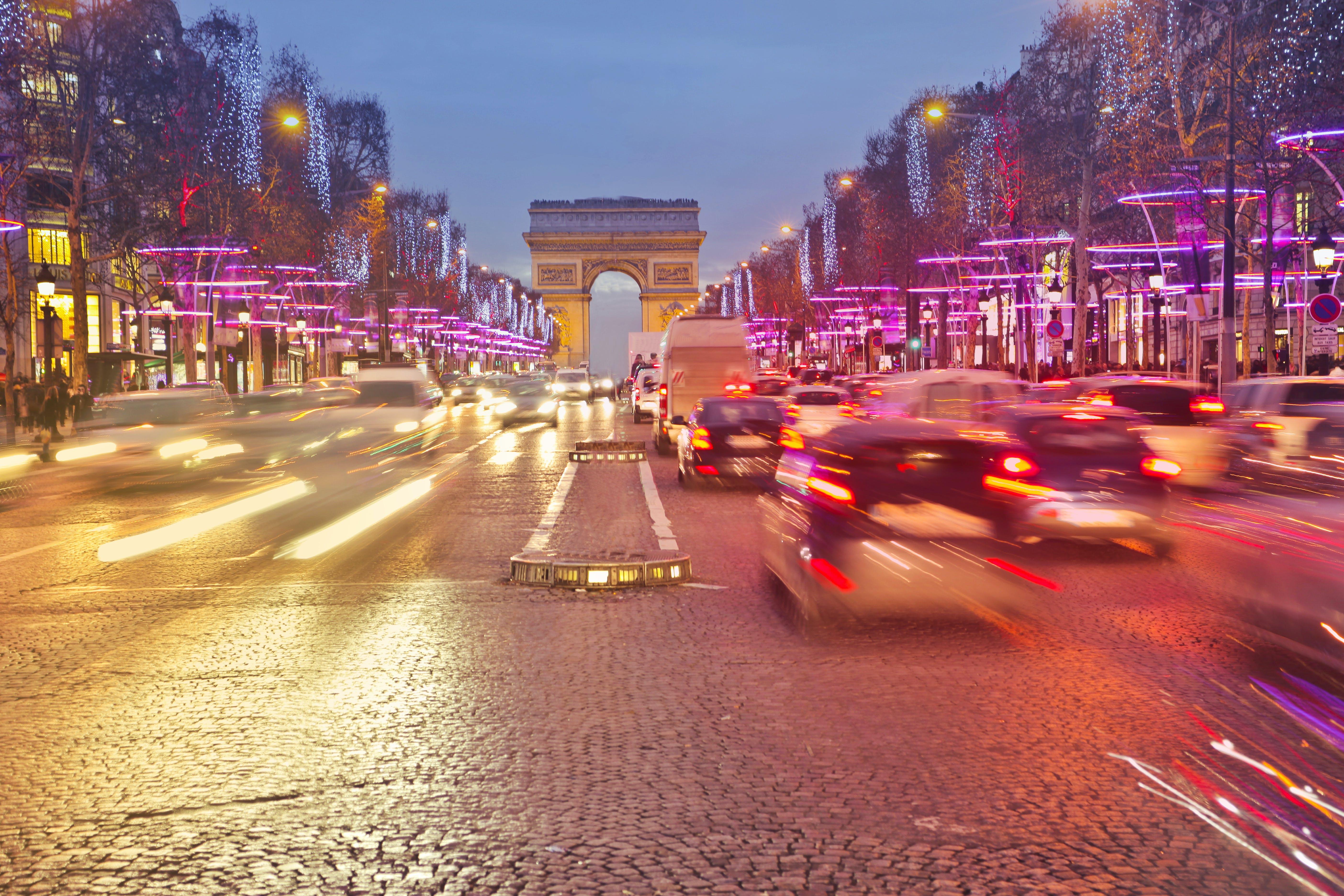 Free stock photo of arc de triomphe, avenue, car, champs-élysées