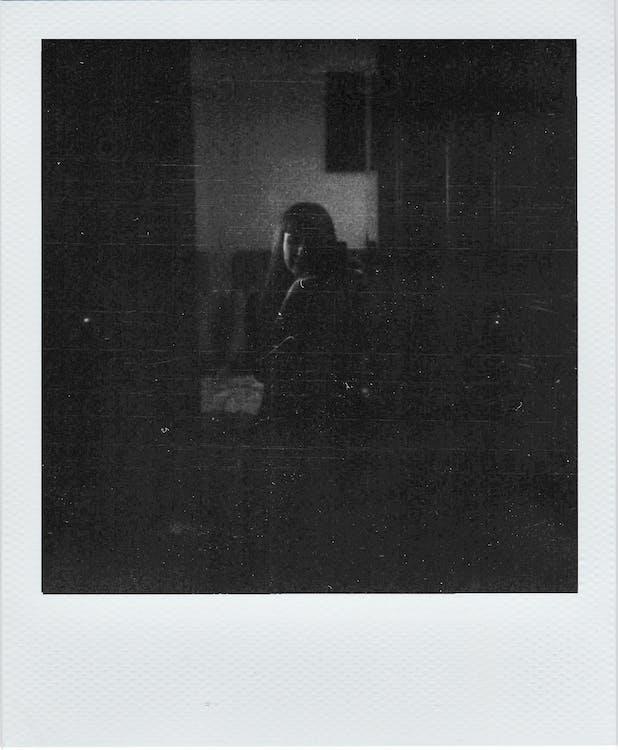 adam, Analog, aşındırmak içeren Ücretsiz stok fotoğraf
