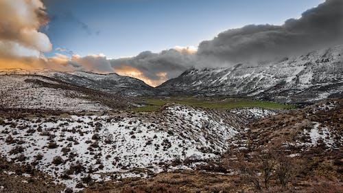 Безкоштовне стокове фото на тему «іній, безтурботний, гори, Денне світло»
