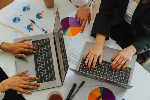 Kostenloses Stock Foto zu büro, business, computer