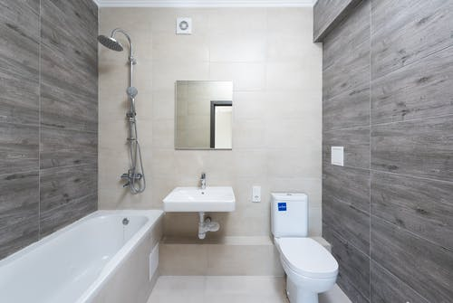 Foto profissional grátis de aconchego, arquitetura, banheira