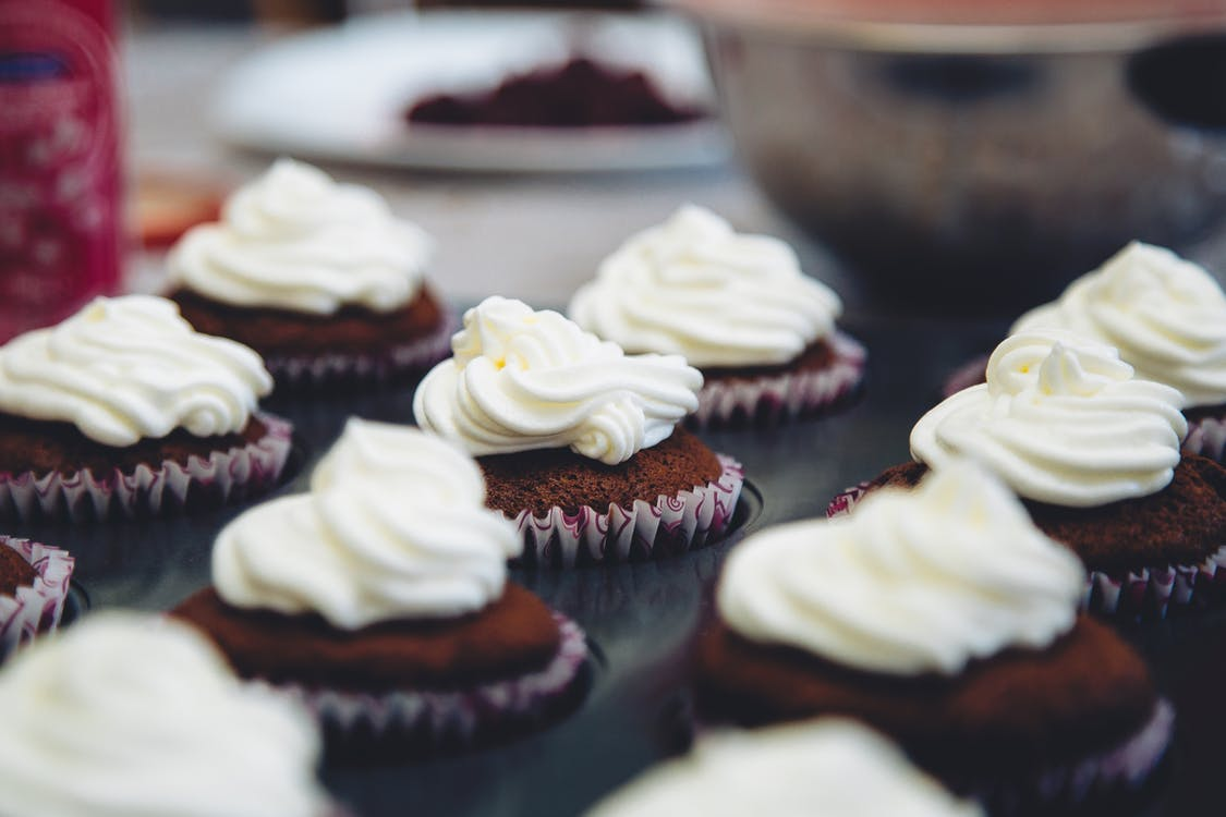 Shift-tilt Lens Photography of Cupcakes