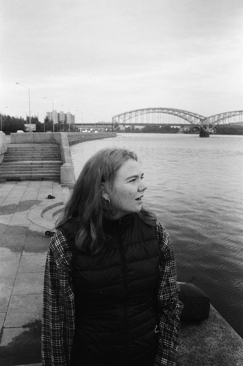 Δωρεάν στοκ φωτογραφιών με Άνθρωποι, αστικός, γέφυρα