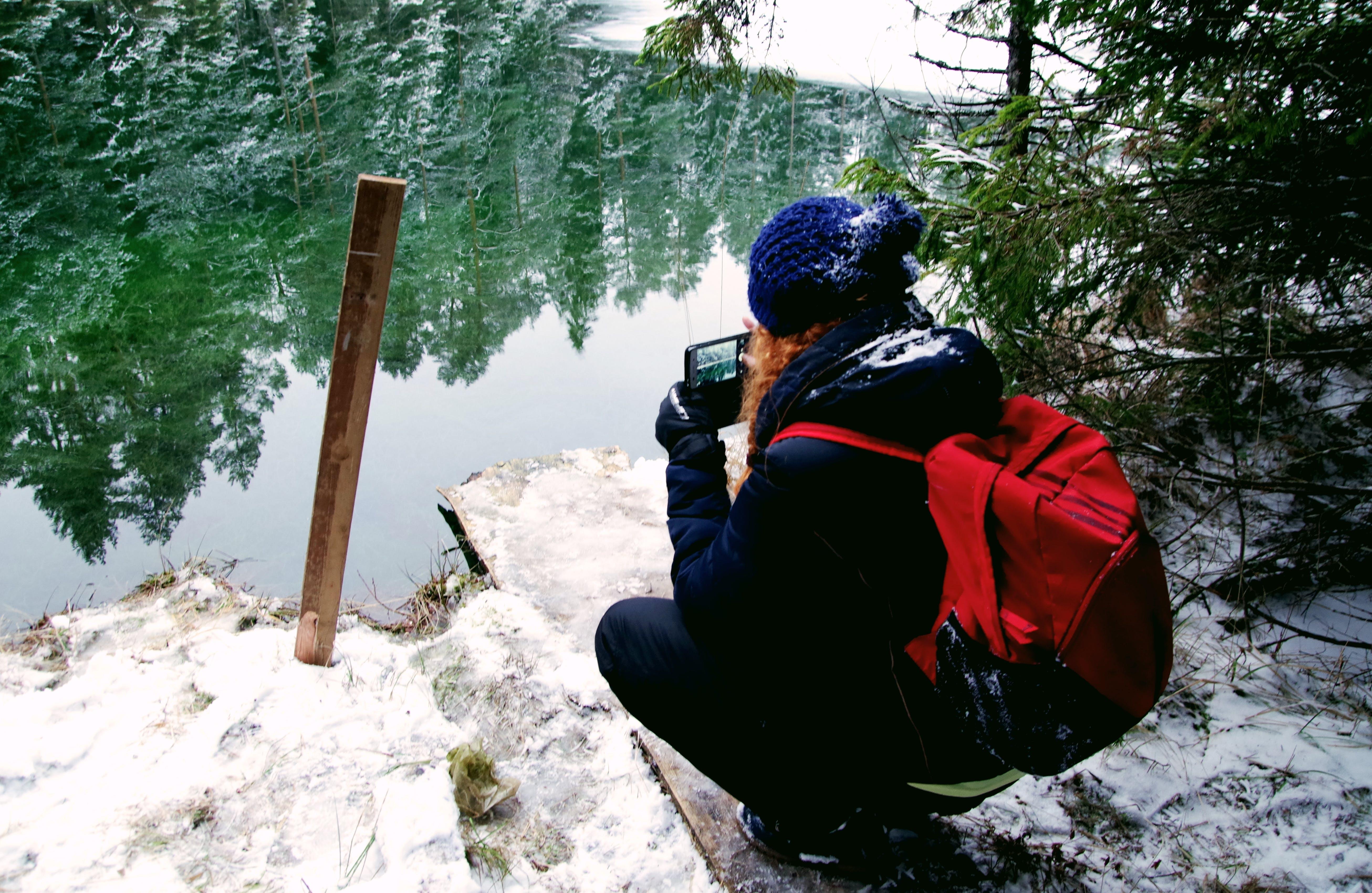 Foto profissional grátis de aventura, caminhar, com frio, diversão