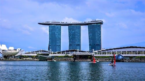 Foto stok gratis Arsitektur, bangunan terkenal, Marina Bay Sands
