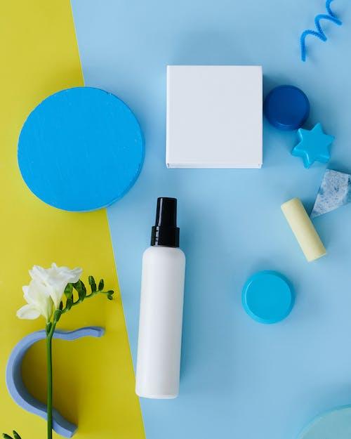 Gratis stockfoto met blauw, figuren, flatlay