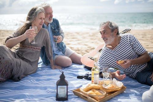 คลังภาพถ่ายฟรี ของ ชายหาด, ทราย, นั่ง