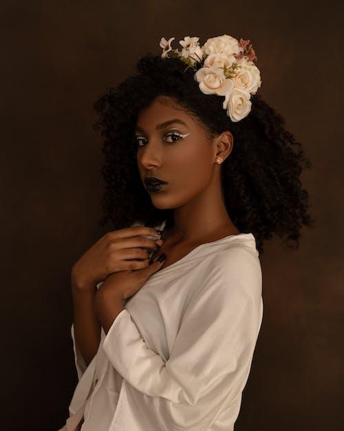 Foto profissional grátis de afro, amor, bonita