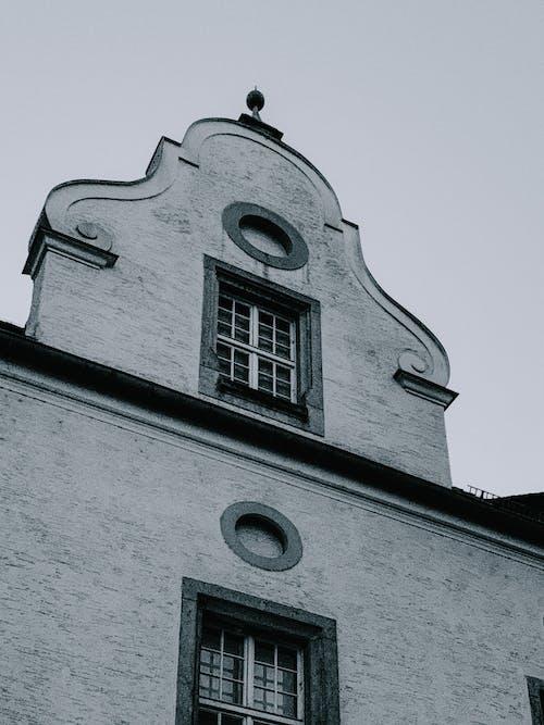 Ingyenes stockfotó ablak, építészet, épület témában