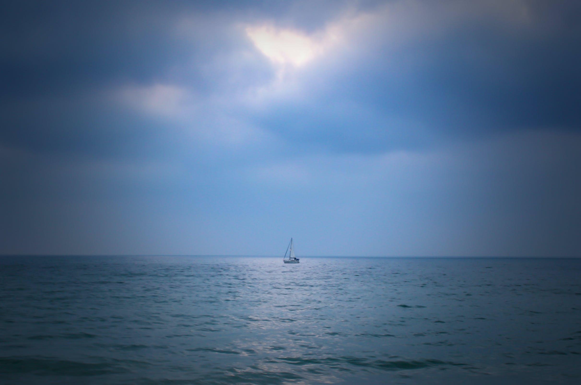 Free stock photo of blue, boat, cloud, horizon