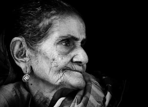 Ilmainen kuvapankkikuva tunnisteilla kauniit mustat naiset, mustavalkoinen, mustavalkoinen muotokuva