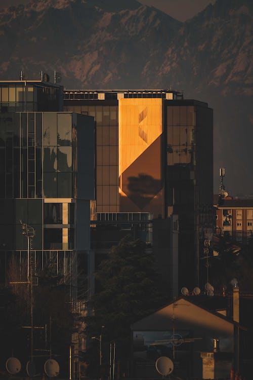 Gratis stockfoto met architectuur, bedrijf, buiten