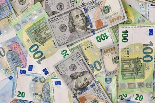 100 and 20 Us Dollar Bill