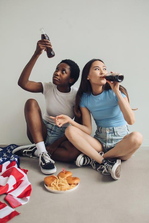人, 友誼, 喝 的 免費圖庫相片