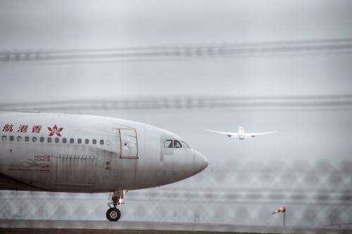 Fotos de stock gratuitas de arranque, avión, despegue