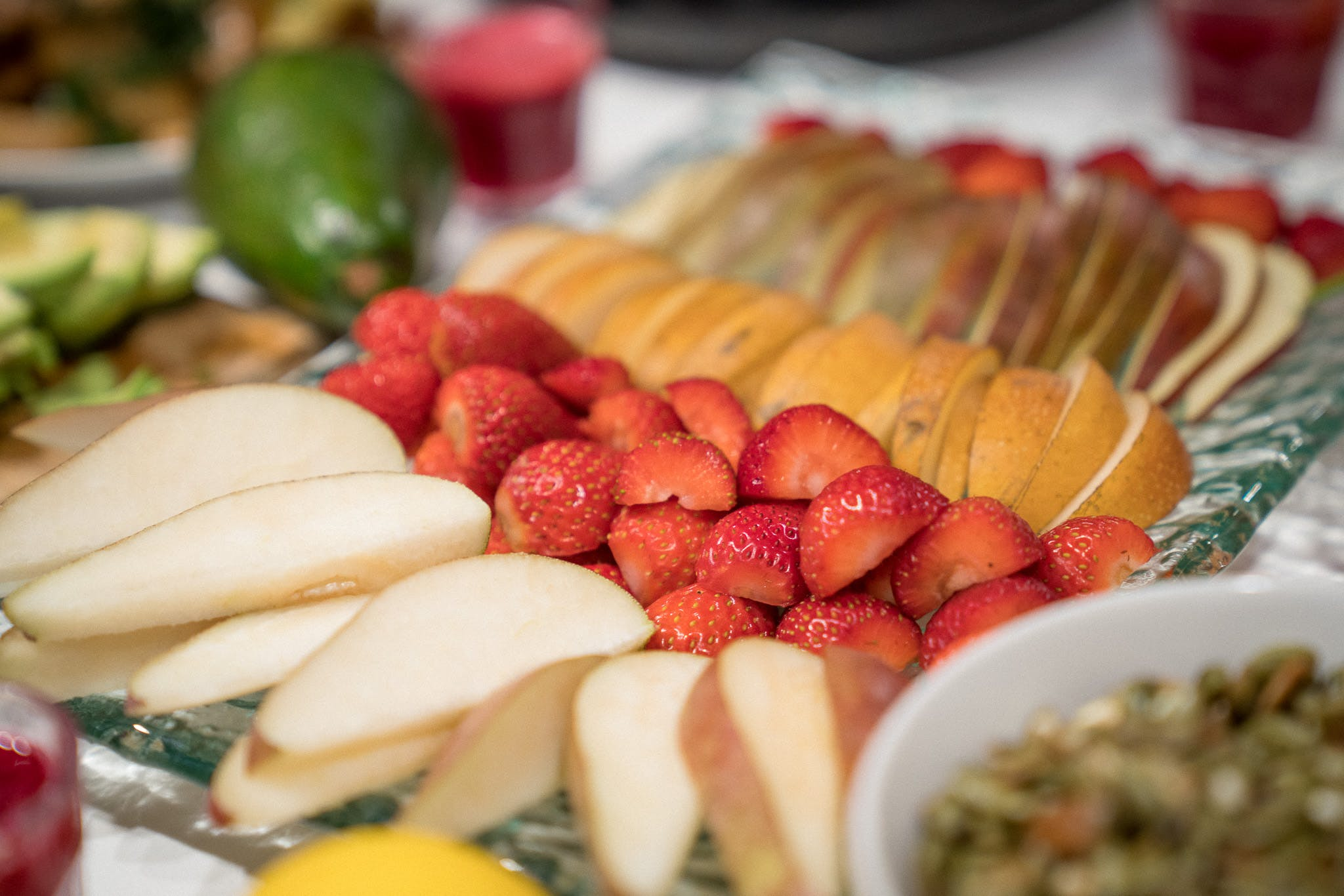 Kostenloses Stock Foto zu avocado, birnen, diät, erdbeeren