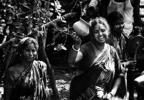 Ilmainen kuvapankkikuva tunnisteilla festivaali, intian festivaali, mustavalkoinen