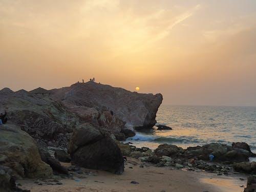 Free stock photo of beach, rocky, sun