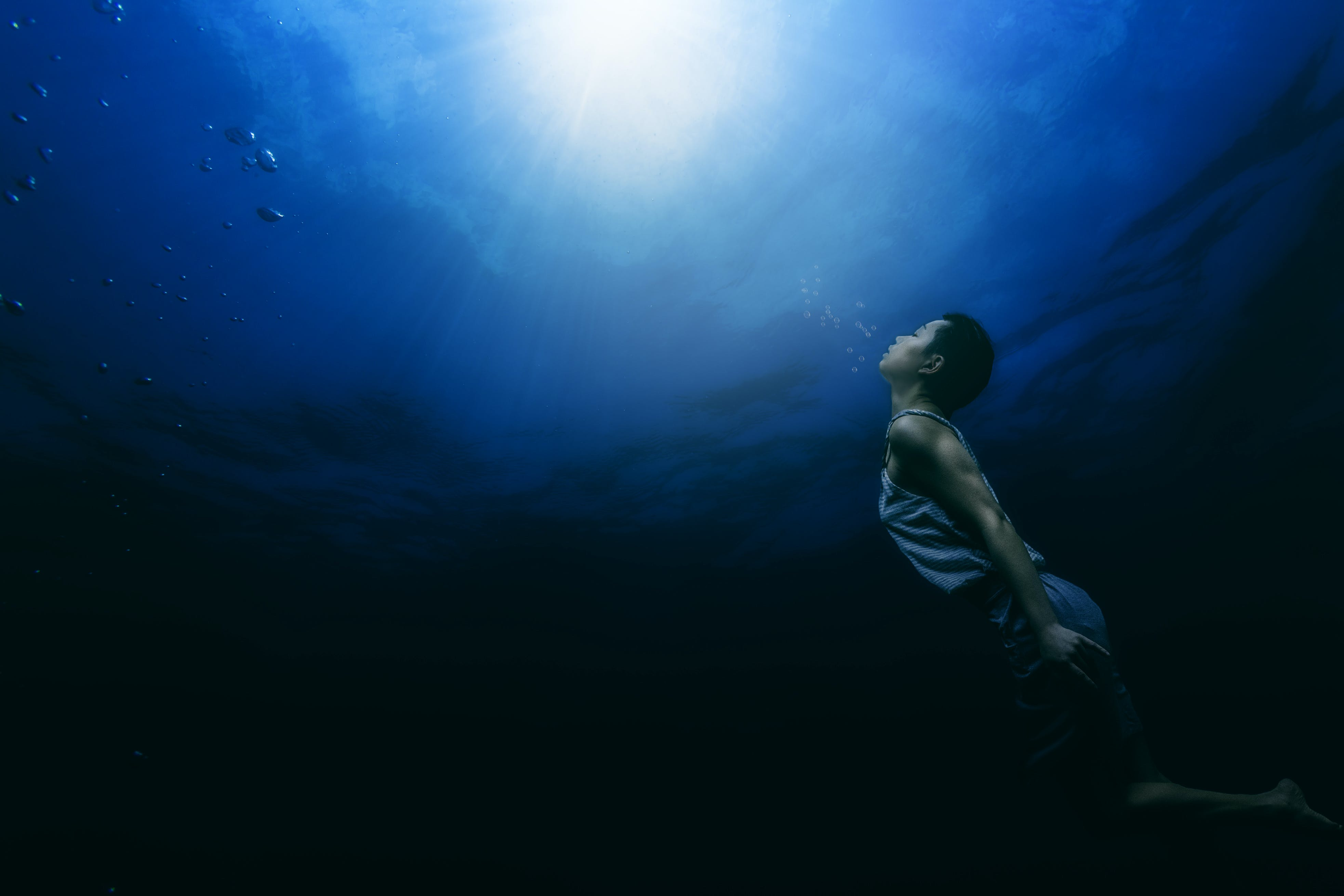 Underwater Photos: A Deep Dive Into Prep, Gear, Shooting, and Editing
