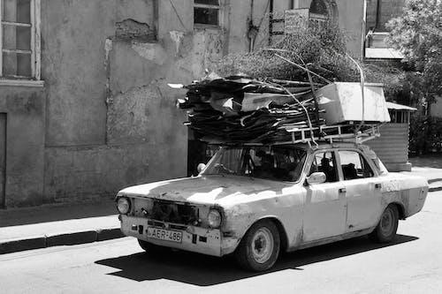 Foto d'estoc gratuïta de camió, carrer, carretera