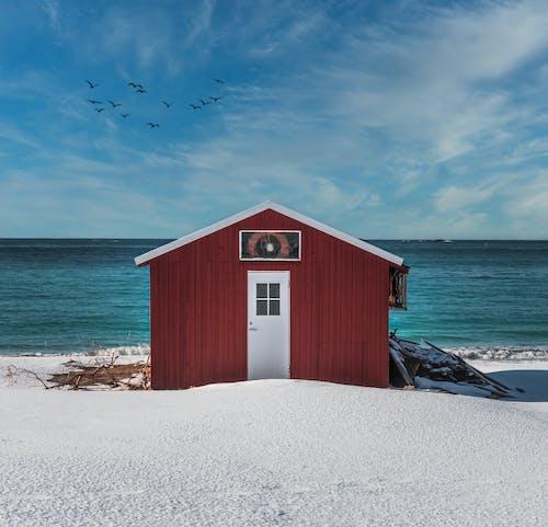Безкоштовне стокове фото на тему «архітектура, блакитне небо, відкрите море»