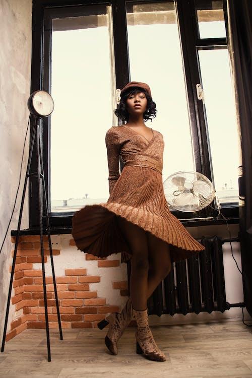 คลังภาพถ่ายฟรี ของ browndress, คน, ความรัก, ชุด