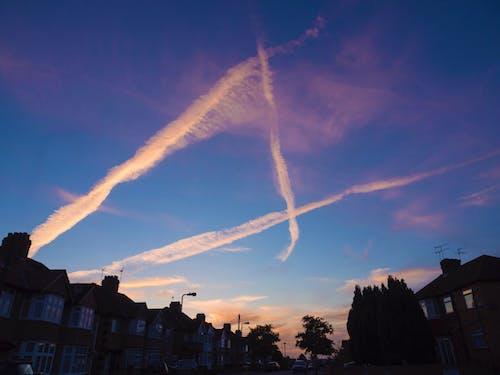 Gratis stockfoto met dampsporen, wolken, zonsondergang