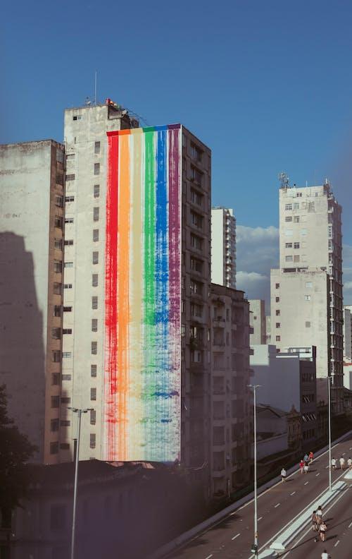 Immagine gratuita di alto, architettura, bandiera dell'orgoglio gay