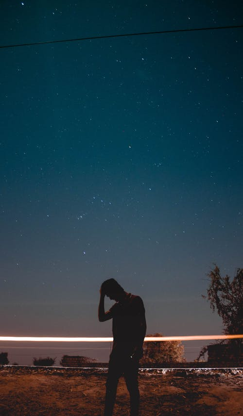 Immagine gratuita di cielo stellato, in piedi, notte
