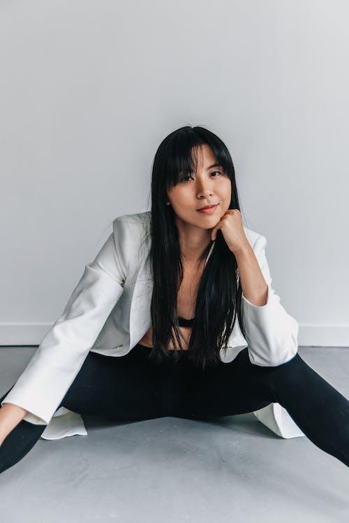 Безкоштовне стокове фото на тему «bralette, unbutton, азіатська жінка»