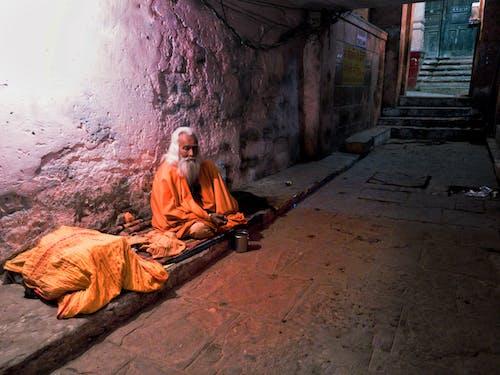インド, オレンジ, バラナシ, 街角の無料の写真素材