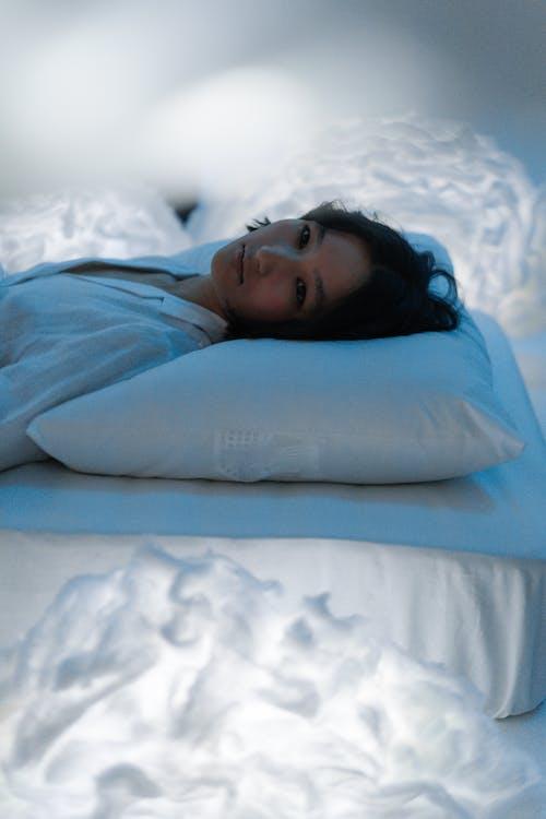 Бесплатное стоковое фото с азиатка, время отхода ко сну, концептуальный