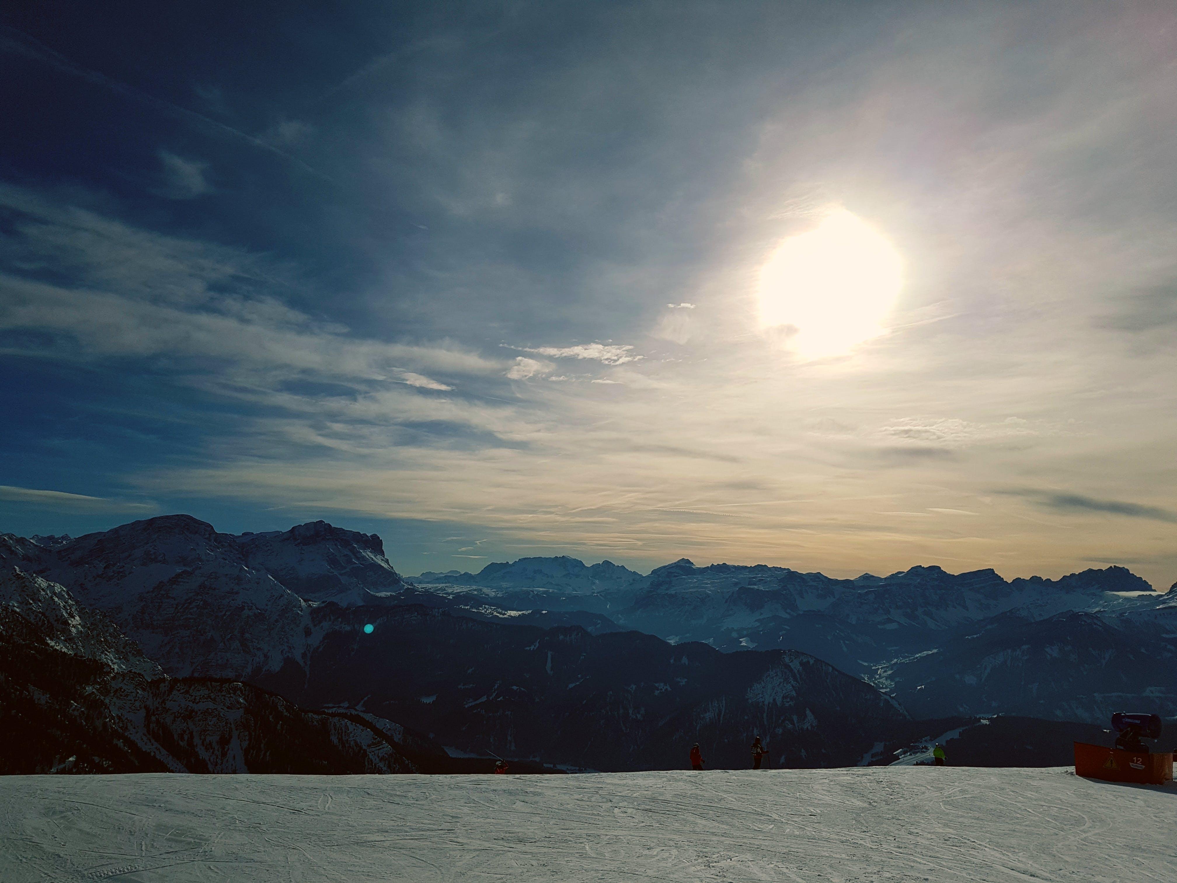 Photos gratuites de couvert de neige, faire du snowboard, fond d'écran gratuit, Fond d'écran HD
